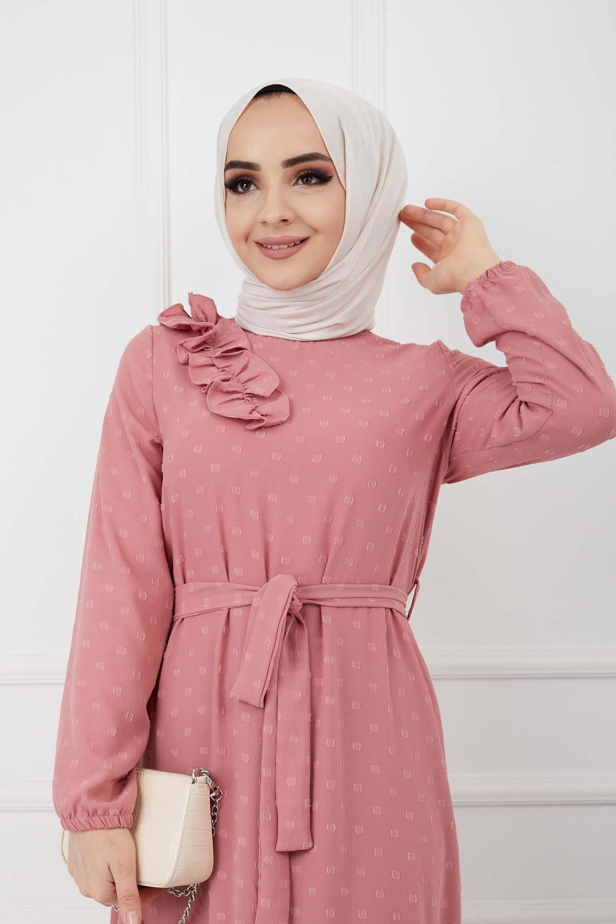 Omuzu Fırfırlı Geniş Ponponlu Elbise - Pudra