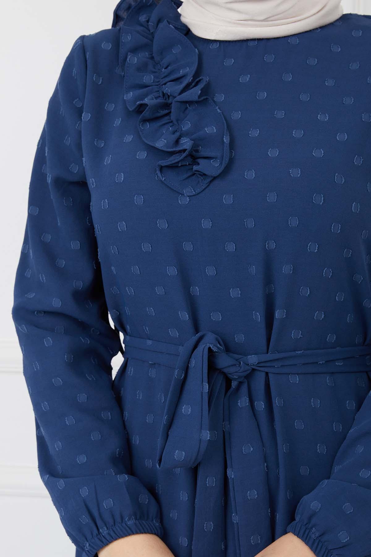 Omuzu Fırfırlı Geniş Ponponlu Elbise - Mavi